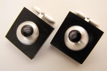 Cufflink Ebony, silver domes with Zebra shells