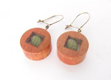 Earrings Pink Ivory wood Emeral Nerite