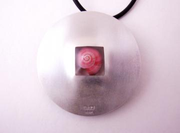 Pendant or Brooch Silver and Ebony with Pink Umbonium : $320