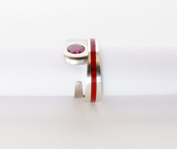 Engagement Ring - Red Ruby and 9ct White Gold : $500