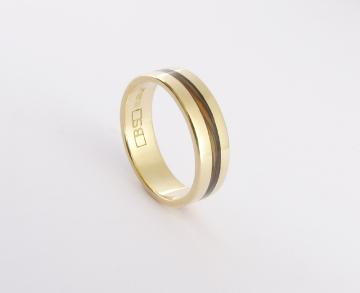 Wedding Band 18ct yellow gold with Paua Shell inlay