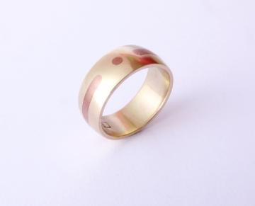 Wedding band ring - Gold with Shakudo metal