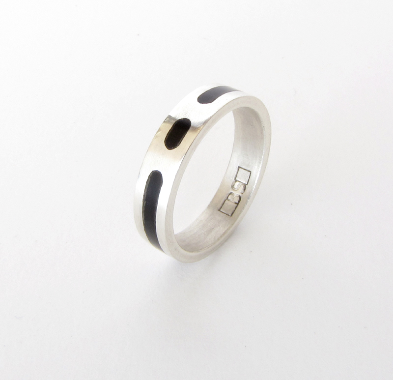 Wedding Ring - Silver with Black mother of pearl inlay