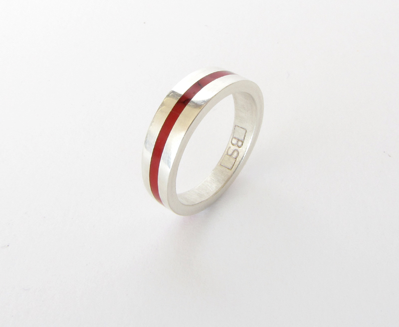 Wedding Ring - White gold with Bloody Basin Jasper